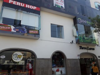 peru group tour office